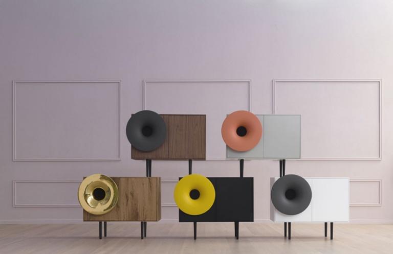 Horn cabinet 03