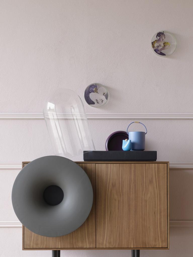 Horn cabinet 06